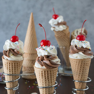 Chocolate Vanilla Cheesecake Ice Cream Cones