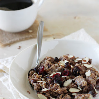 Slow Cooker Chai Spiced Steel Cut Oatmeal