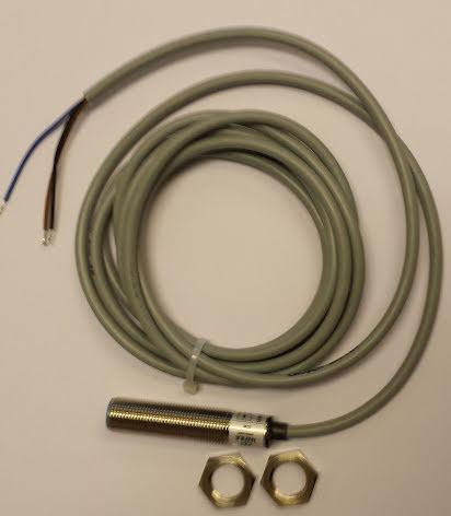 Induktiv givare M12, PNP/NPN, NO+NC, känselavstånd 2mm, 10-30VDC