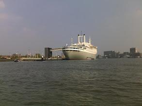 Photo: De locatie: De ss Rotterdam.