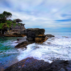 Tanah Lot Bali by Adang Yusuf - Landscapes Waterscapes