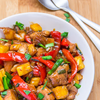 Stir Fried Chicken with Pineapple and Pepper