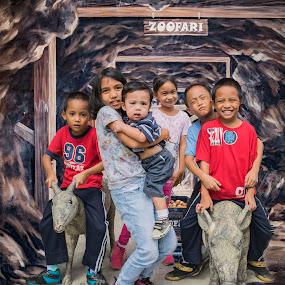 zoofari by Empty Deebee - Babies & Children Children Candids ( kiddie6, cousins, kids )