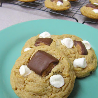 REESE'S PEANUT BUTTER S'MORES COOKIES