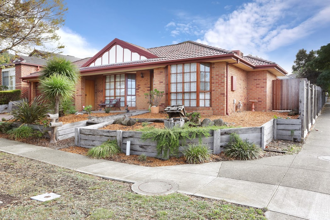 Main photo of property at 2 Royal Terrace, Craigieburn 3064