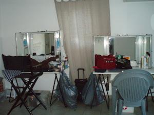 manon-transformee-en-salon-de-maquillage.jpg