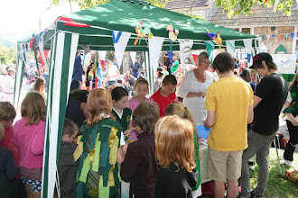 Photo: Young visitors having fun at the Children's Art Project.© Richard Bottle 2008