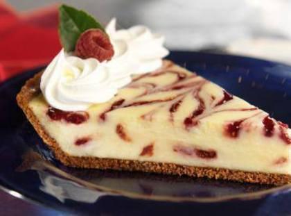 Raspberry Swirl Cheesecake Pie Recipe