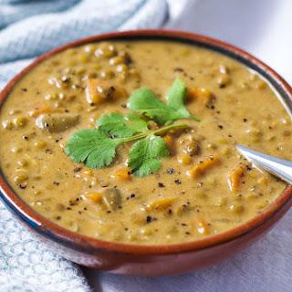 Coconut Curry Lentil Soup {Vegan}.