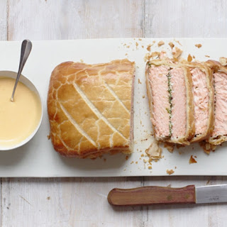 Gordon Ramsay's salmon en croûte
