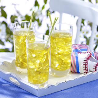 Iced Lemongrass and Ginger Green Tea.