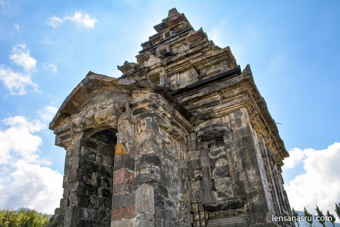 Arsitektur bangunan bersejarah Candi Arjuna