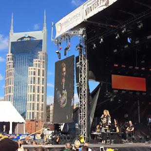 Nashville stars homes legends gravesites apps on for Nashville star home tour