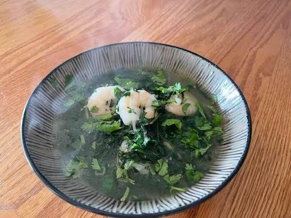 Vietnamese Style Spinach & Shrimp Soup