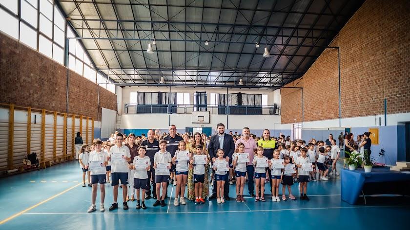 Entrega de diplomas a los alumnos del CEIPPortocarrero.