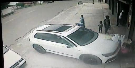Motorist drives into elderly woman carrying baby in Ventersburg