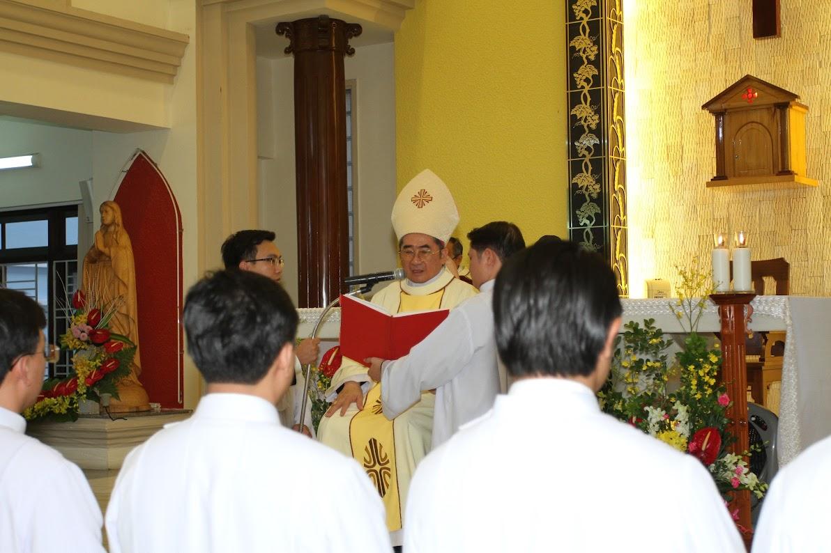 Lễ Phong Chức Phó Tế tại Toà Giám Mục Nha Trang - Ảnh minh hoạ 10