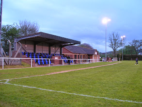 Photo: 02/05/06 v Gornal Athletic (West Midlands Regional League Premier Division) - contributed by David Norcliffe