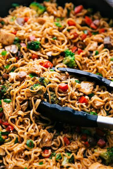 Chicken Ramen {30 Minute Meal!} | Chelsea's Messy Apron