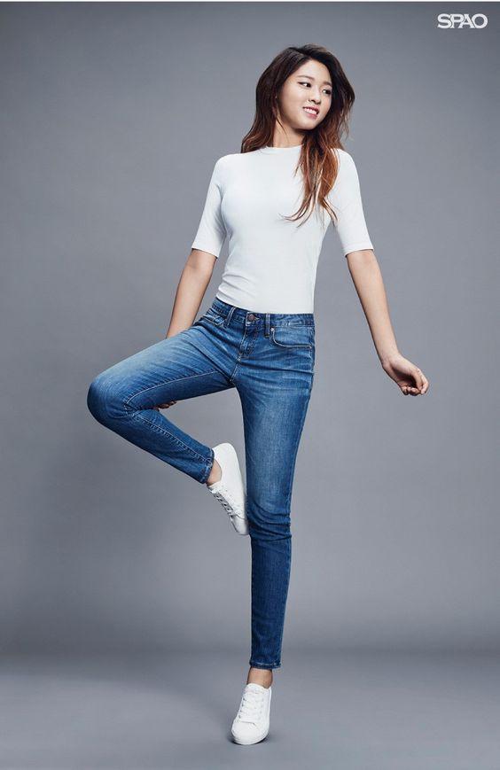 seolhyun jeans 23