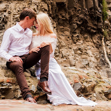 Wedding photographer Denis Pochitalin (pochitalin). Photo of 21.12.2016
