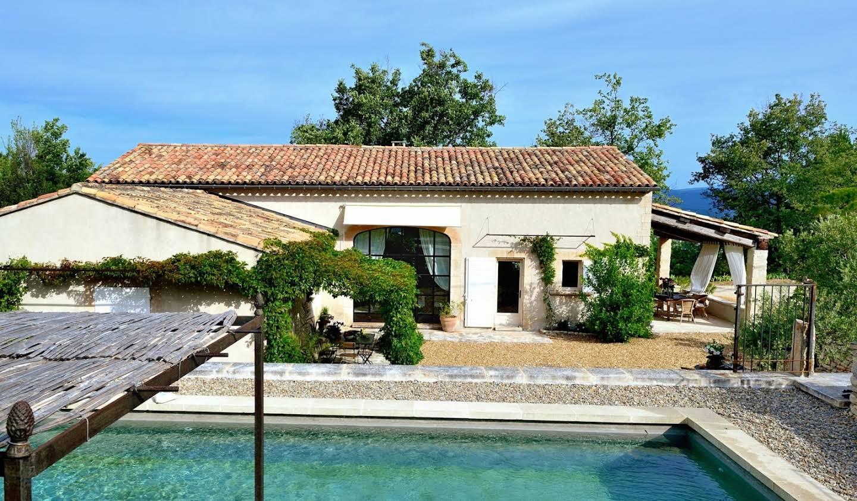 Maison avec piscine Saignon