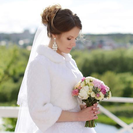 Wedding photographer Ekaterina Sabat (katyasabat). Photo of 25.07.2017