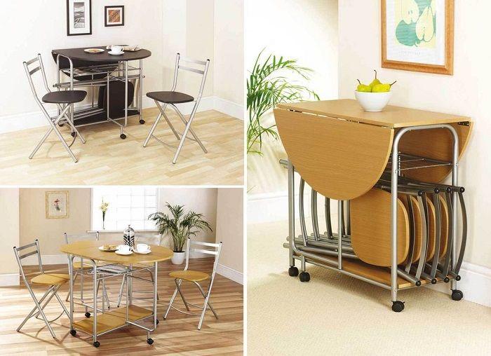 Bàn ghế ăn có thể gấp gọn rất tiện lợi