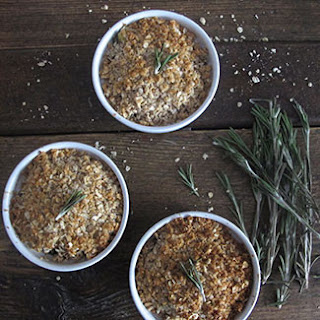 Rosemary and Apple Crumble