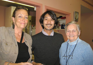 Photo: At the Memory Arts Cafe you get a chance to meet the artist!