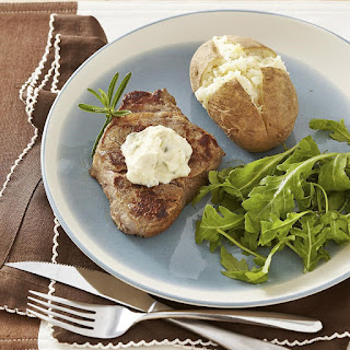 Seared Steak with Roasted Garlic Aioli Recipe