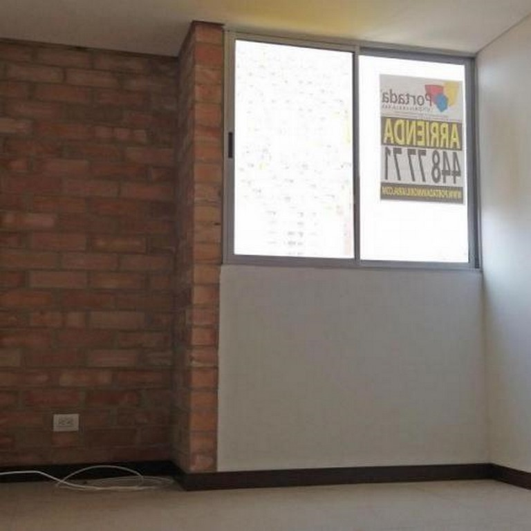 apartamento en arriendo la doctora 679-23650