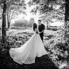 Wedding photographer Vladimir Yakovlev (operator). Photo of 15.10.2015