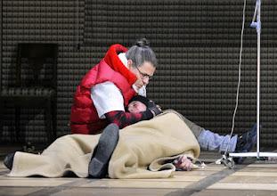 """Photo: WIEN/ Theater in der Josefstadt: """"Totes Gebirge"""" von Thomas Arzt. Inszenierung: Stephanie Mohr. Premiere am 21.1.2016. PeterScholz. Copyright: Barbara Zeininger"""