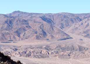 Photo: The Panamint Range is a short rugged fault-block mountain range on the northern edge of the Mojave Desert, in Death Valley National Park.