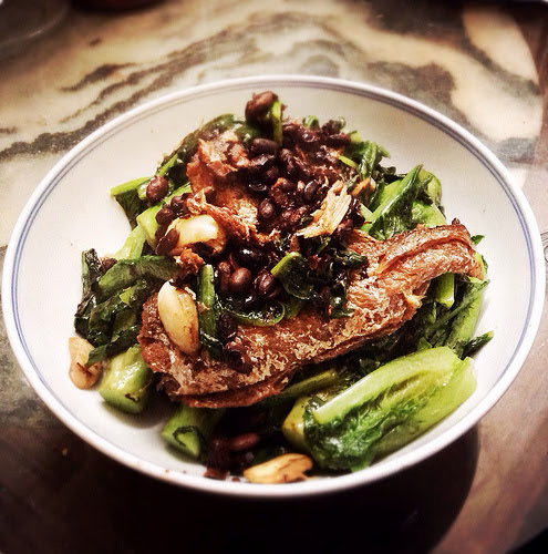 fried dace, black bean, indian lettuce, stir fried, stir fry, recipe, 豆豉鯪魚炒油麥菜, chinese