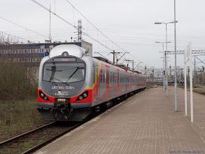 Photo: EN57AKŁ-1226, Łódź Kaliska - Sieradz {Łódź Kaliska; 2014-04-05}