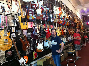 Photo: NYC guitar shop with Eiji Kadota and AnalogMike