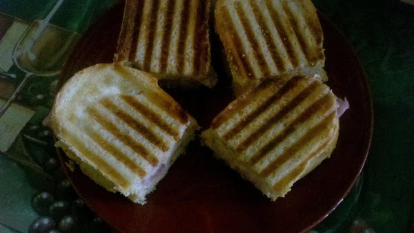 Mertzie's Grilled Apples, Ham & Swiss Panini Recipe