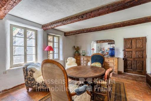 Vente maison 17 pièces 805 m2