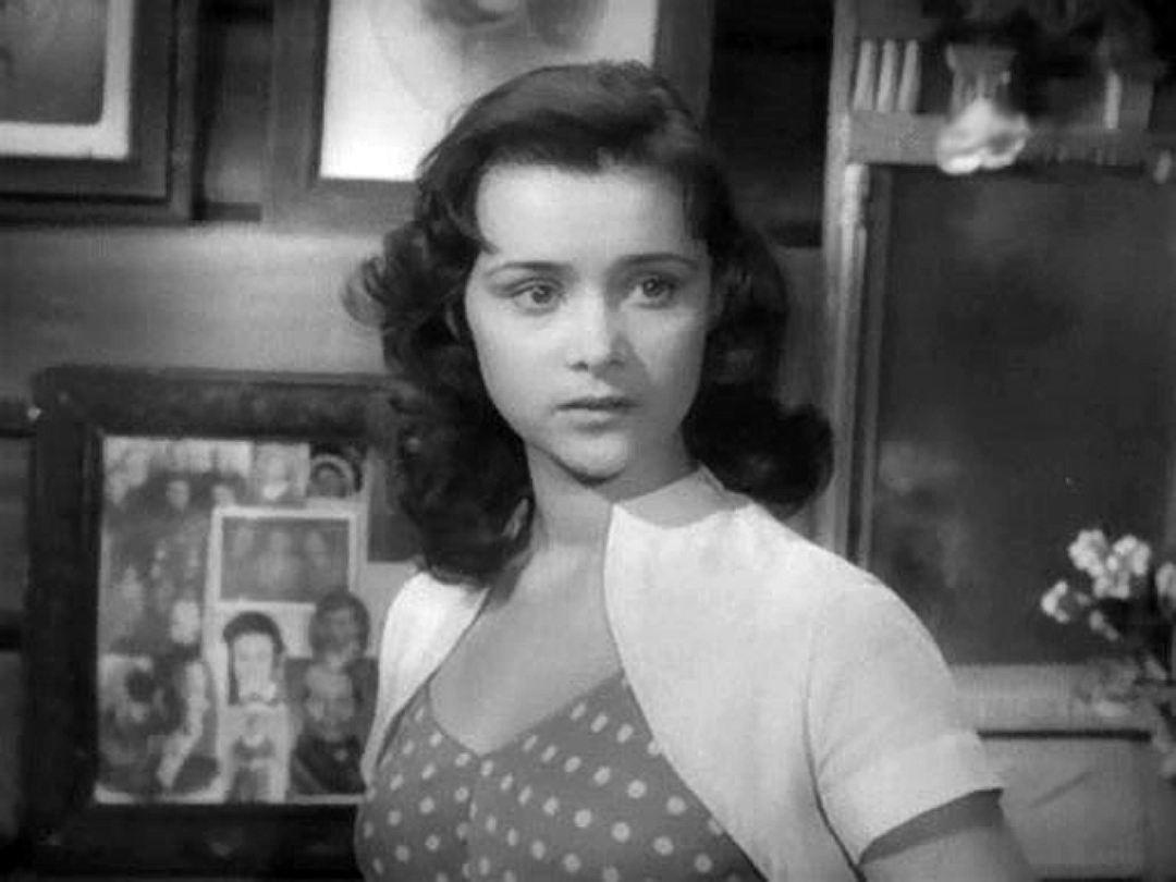 Роль в «Отчем доме» сделала Людмилу Марченко знаменитой на весь Советский Союз Фото: кадр из фильма.