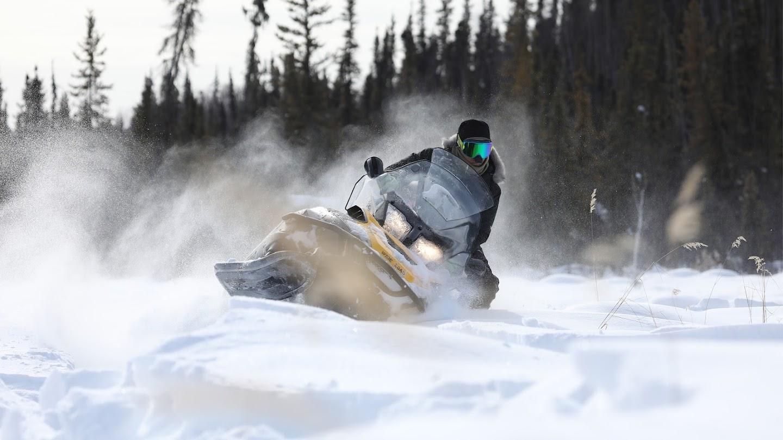 Watch Alaska: The New Pioneers live