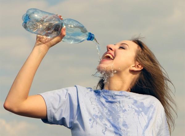 Uống nhiều nước có tác dụng gì, Bao nhiêu là đủ, Cách uống tốt cho sức khỏe? 1