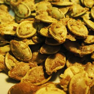 Garlic Parmesan Toasted Pumpkin Seeds