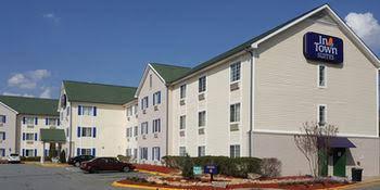 Crestwood Suites Snellville
