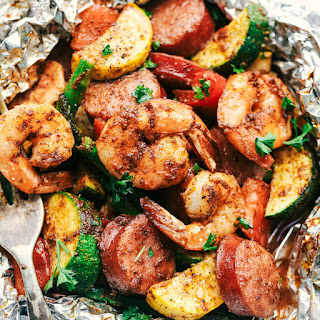Cajun Shrimp and Sausage Vegetable Foil Packets Recipe