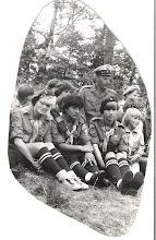 Photo: Obóz Hufca Gąski 1983r. Od lewej: Dorota Zubańska ( Steć), Magda Gołębiewska (Czarnecka), dh Ireneusz Sarnecki, Krystyna Pielech, Ewa Sarnecka,