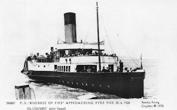 "Photo: ""Duchess of Fife"" approaching Ryde 20.6.1928"