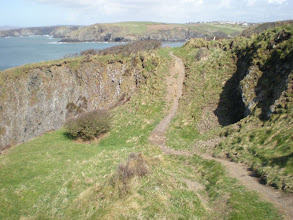 Photo: From St David's to Abercastle (bkgrd: Trefin)