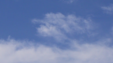 Photo: Kék ég